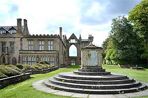 Monumento a Boatswain, el perro de Lord Byron, en Newstead Abbey